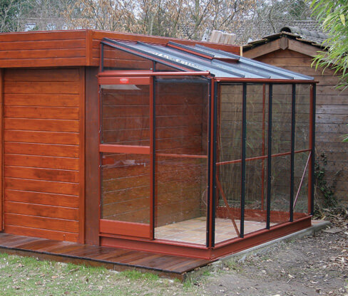 Brown Windsor Greenhouse