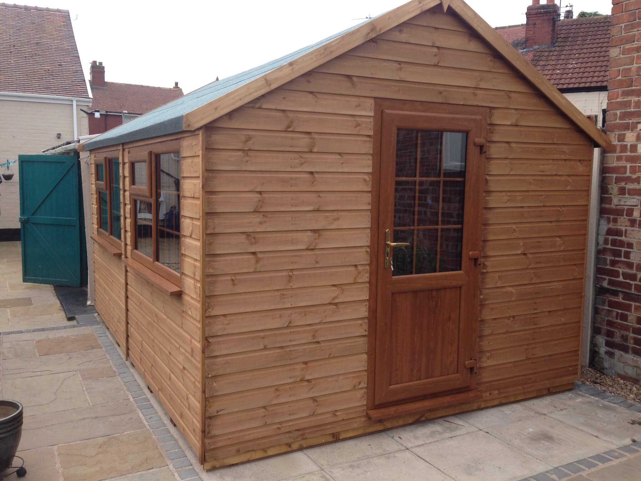 Timber garden offices - GSG buildings