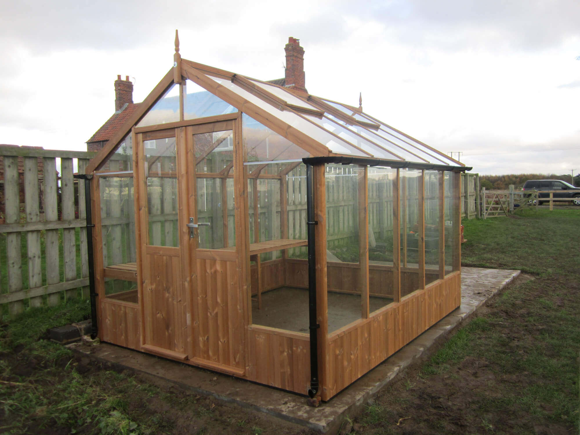 Raven-Thermowood-Greenhouse